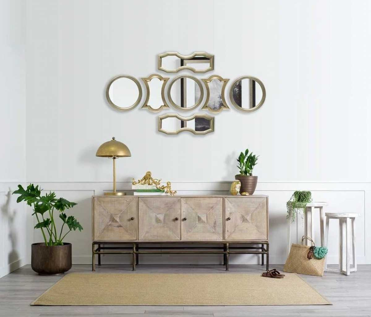 Using Wall Mirrors to Decorate Your Home