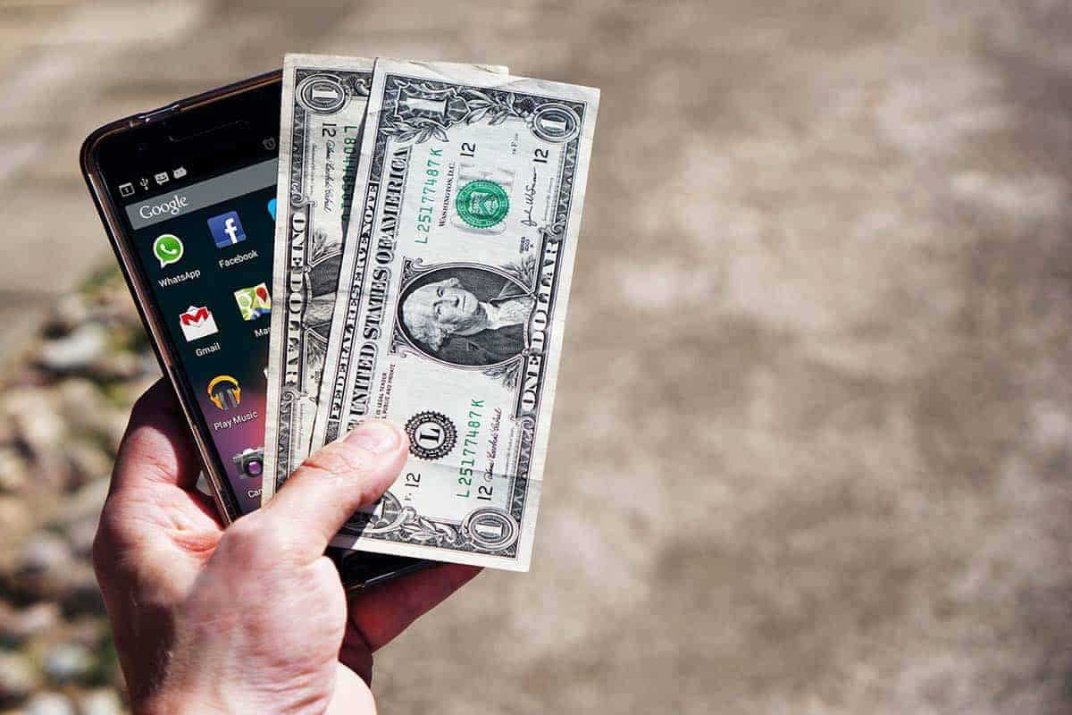 4 lucrativeWays to makeMoney online from your Smartphone