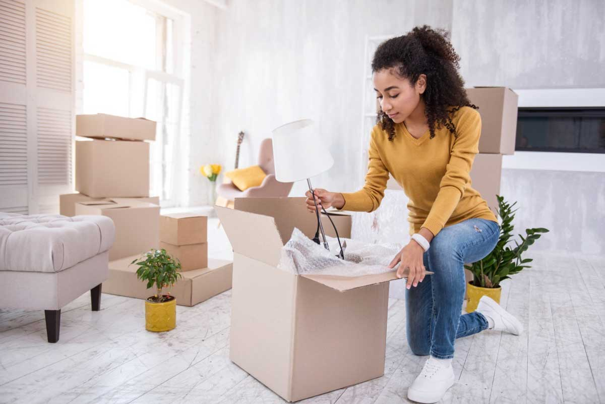 How to Move From a House to an Apartment Like a Pro