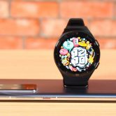 add apps to my Huawei watch